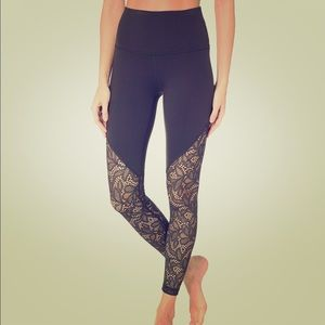 Beyond Yoga Lace Way High Waisted Leggings